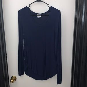 Old Navy Long Sleeve Navy V-Neck in the Size MT